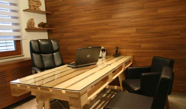pellet-office-desk