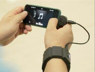 wrist band gadget charger