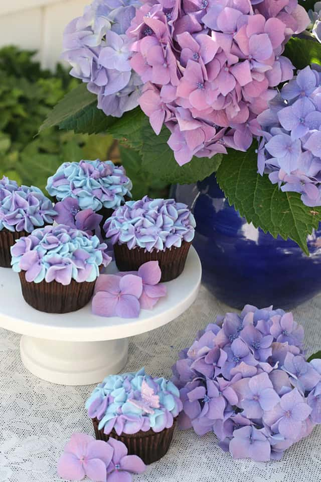 creative-cupcakes-floral