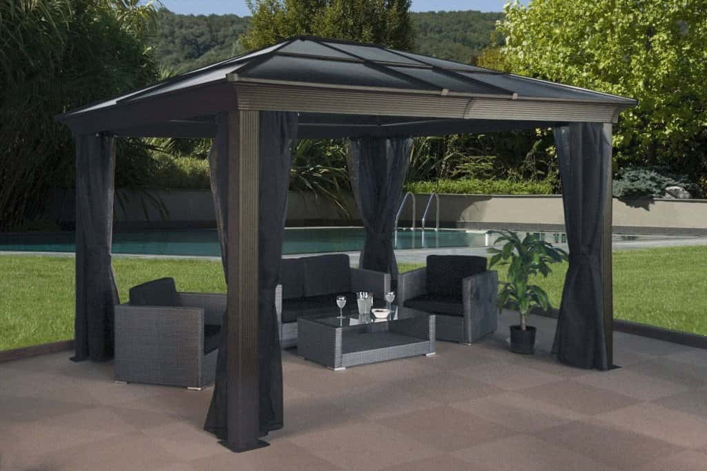 11 Wonderful Backyard Gazebos