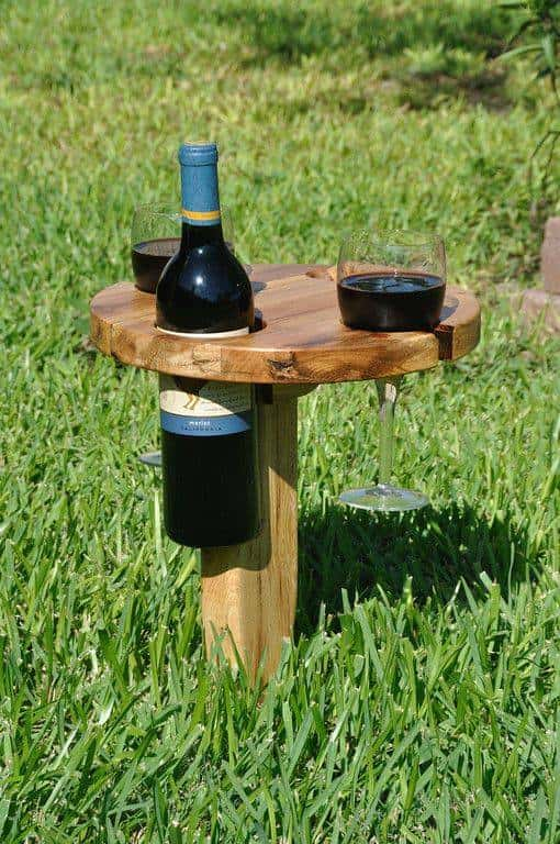 grass wine holder