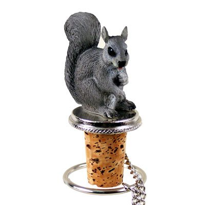 squirrel-bottle-stopper