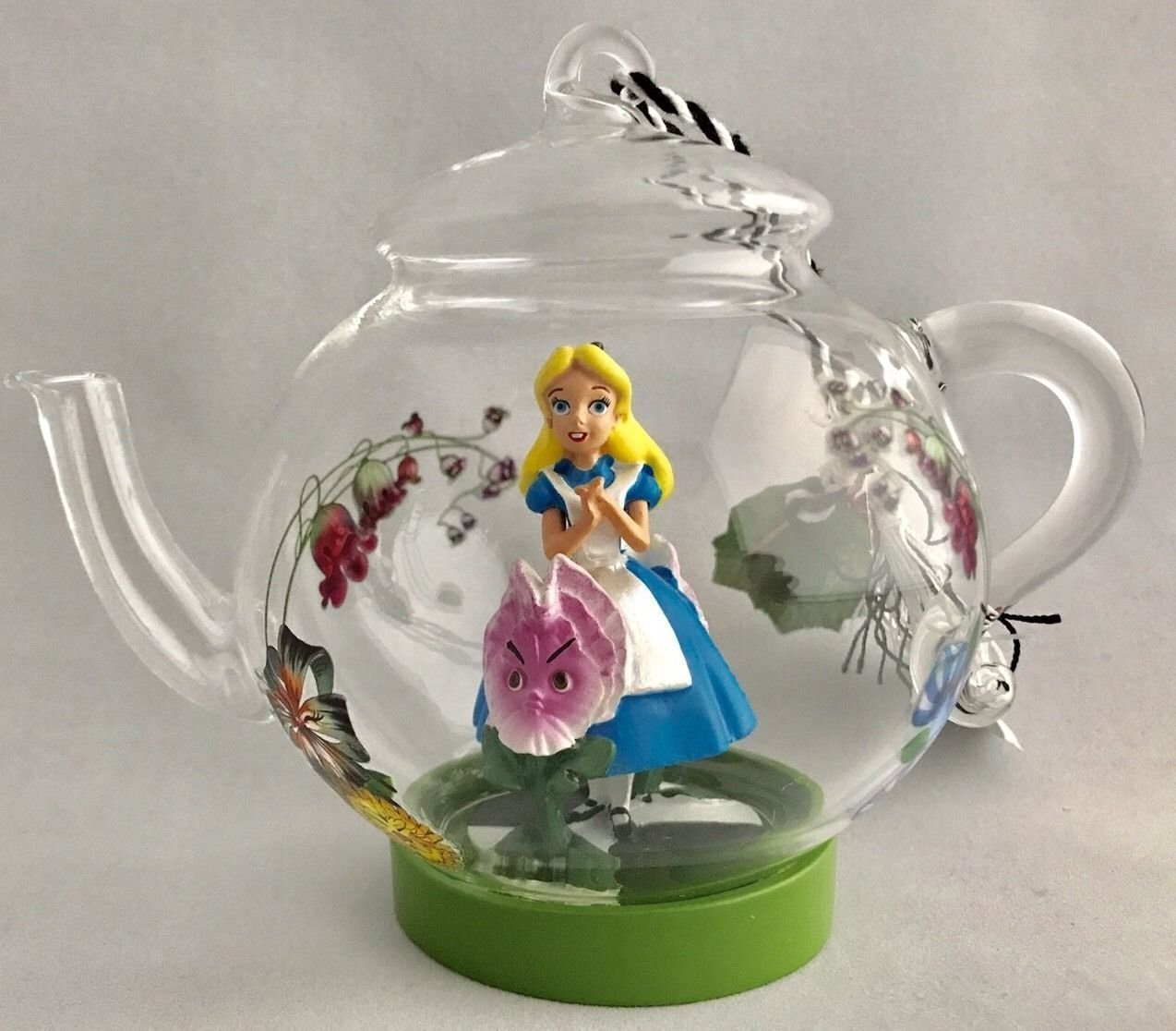 figurine alice in wonderland teapot