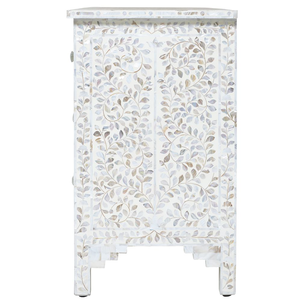 chest of drawers pearl