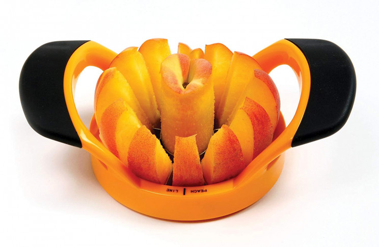 Peach Wedger and Pitter