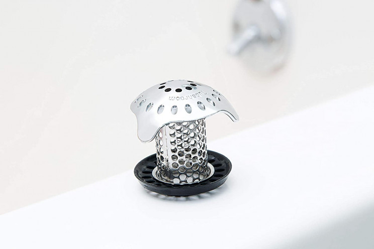 Solve Your Clogging Problem with This Practical Bath Strainer