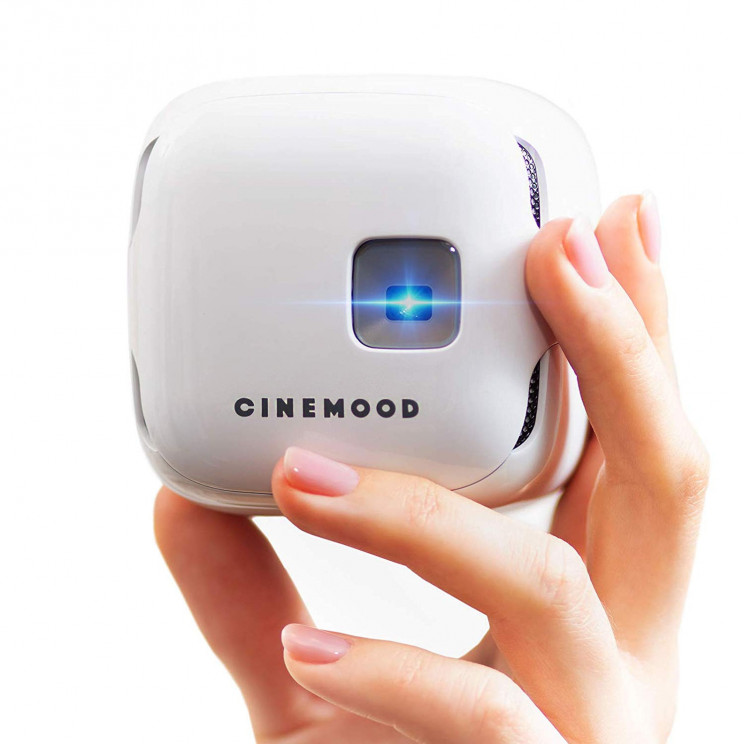 Enjoy Movies Everywhere with the Pocket-Sized Portable Movie Projector