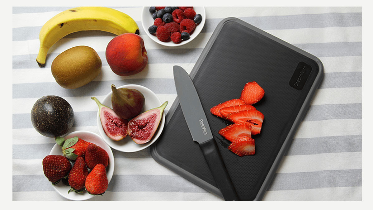Fledge Flip Edge Innovative and Convenient Cutting Board