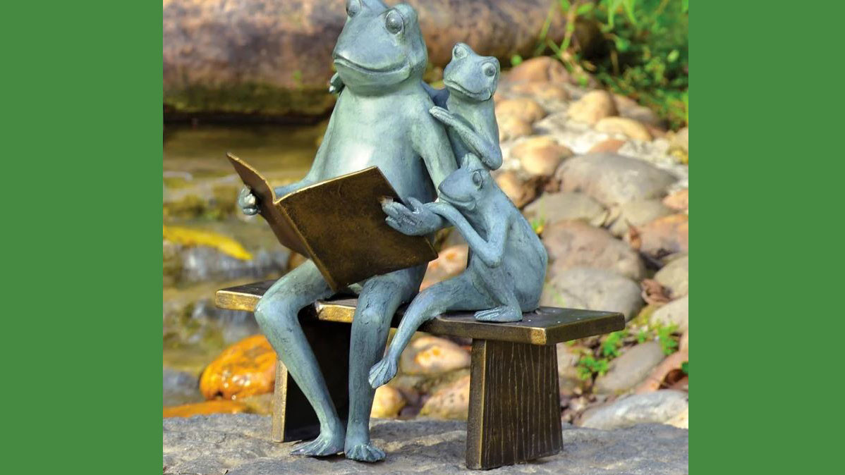 Cute Reading Frog Family Garden Statue
