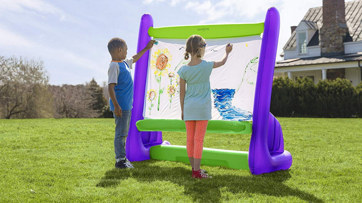 The Inflatable Easel That Your Little Painter Can Use Outdoors