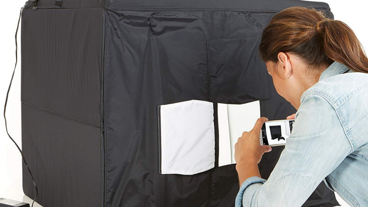 Take Professional Looking Photos with the Portable Photo Studio Box