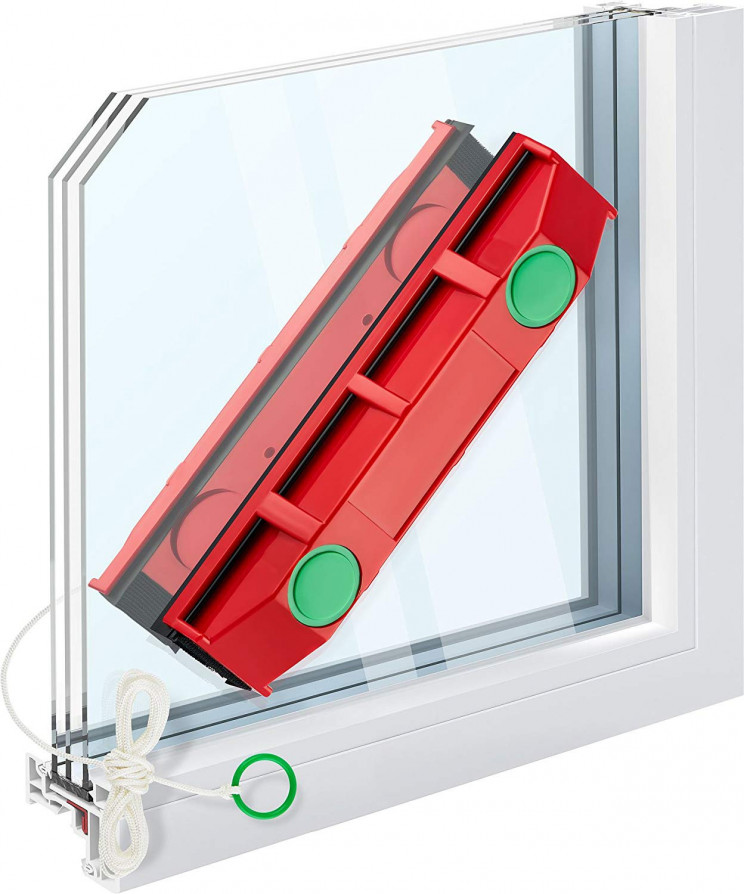 Convenient Magnetic Window Cleaner