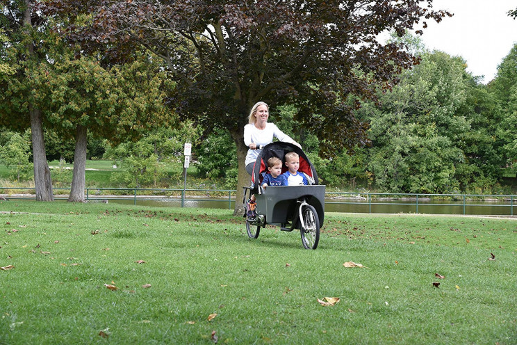 This New Cycle Stroller Revolutionizes Strolling with Children