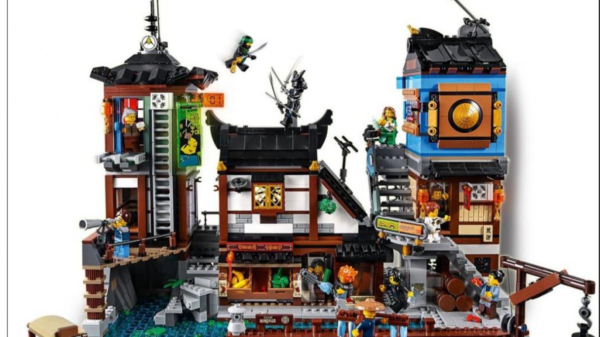Awesome NINJAGO® City Docks Lego Kit