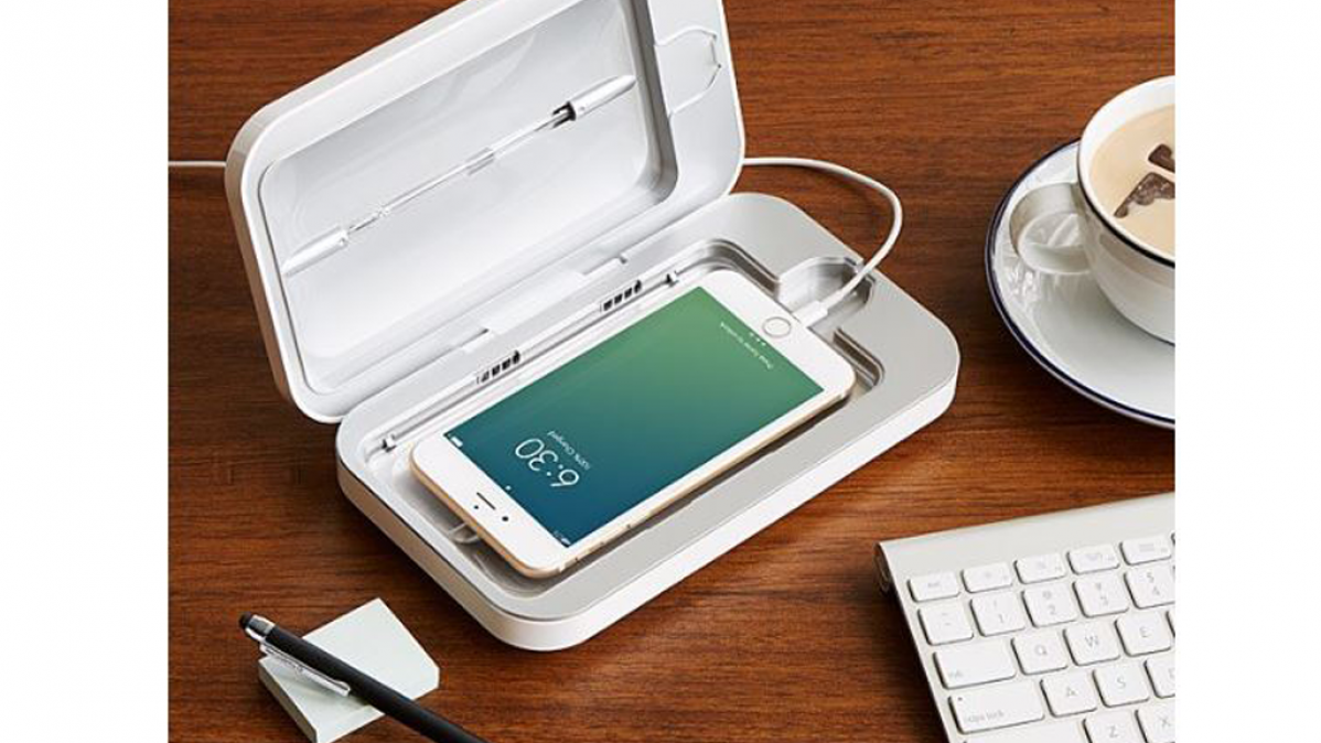 Innovative PhoneSoap Sanitizer For Your Phone