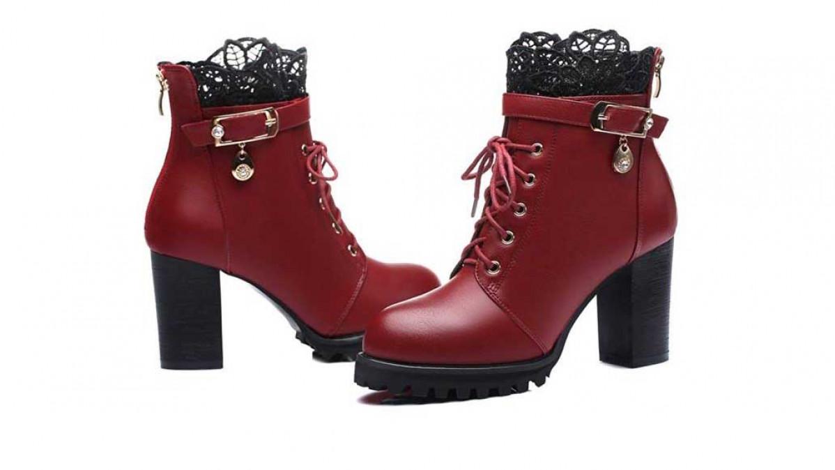 Lacy Platform Boots