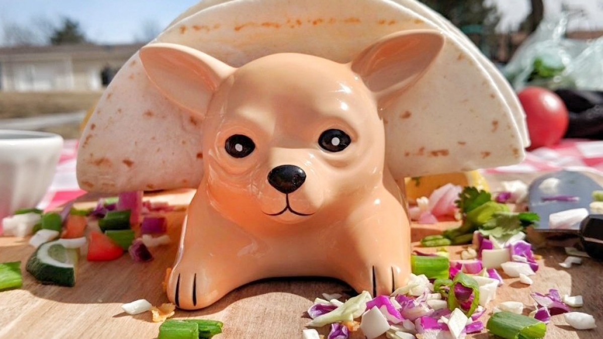 Cute Fun Chihuahua Taco Holder