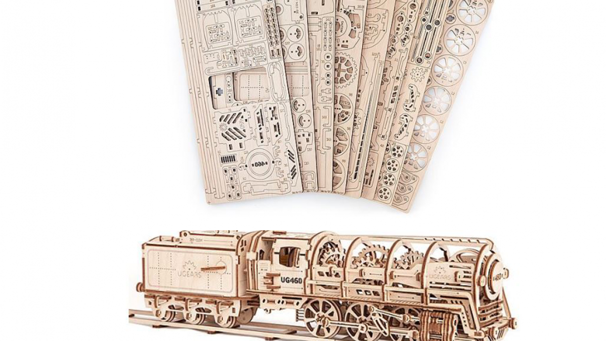 Functioning Wooden Locomotive Model Kit