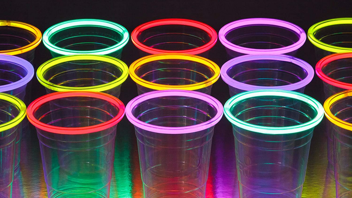 Glow Stick Party Cups for Excitement
