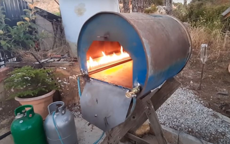 10 DIY Pizza Ovens That'll Cook Your Favorite Pizza