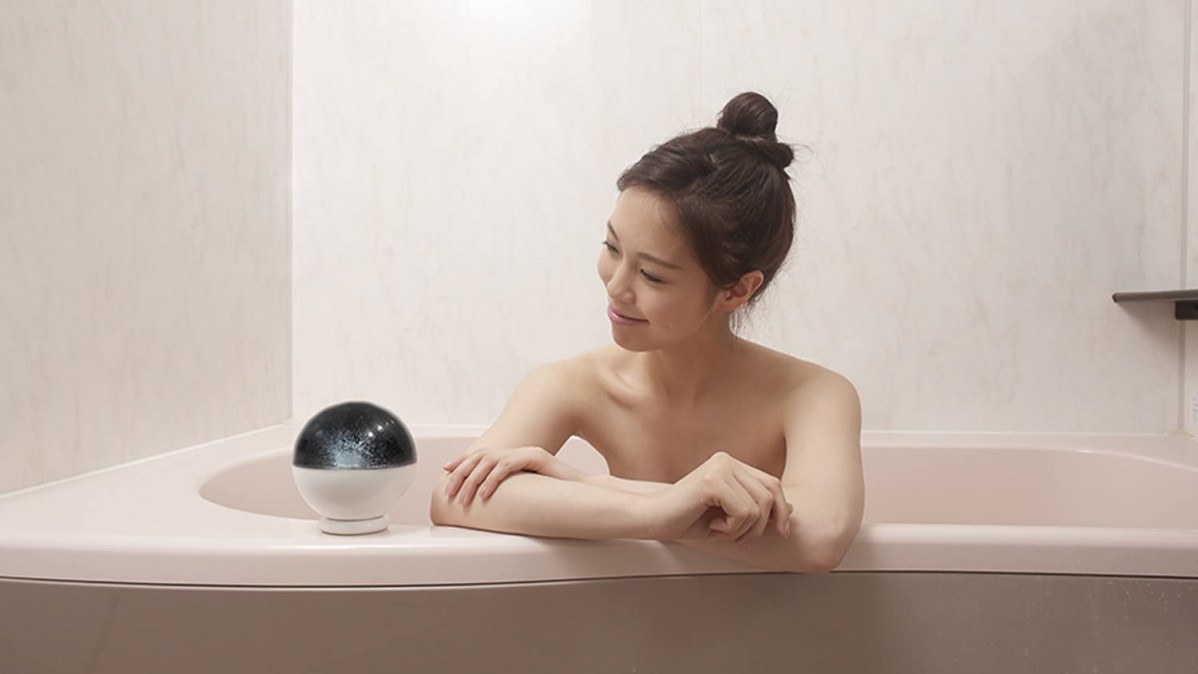 Bathtub Planetarium for Better Fun Bath